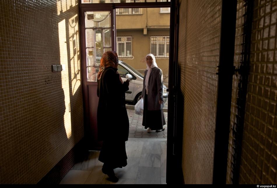 Направляемся в дом старейшего аксакала Куланбай-кажы