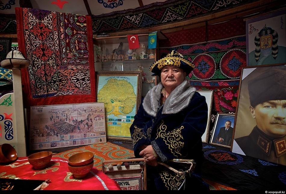 Массовая миграция казахов началась в XVIII веке и продолжалась вплоть до 1960 года. Причины для...
