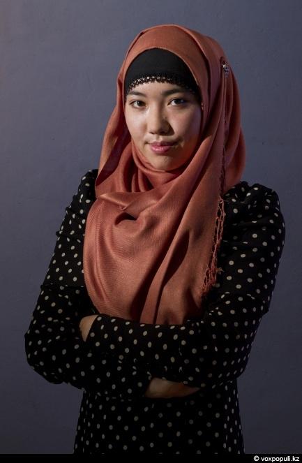Частный секс хиджабах, гимнастка дрочит фото