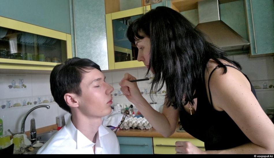 Русское порно русские лесби лижут парню бампер
