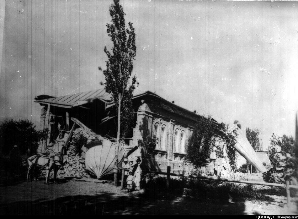 Картинки по запросу картинки землетрясение верненское