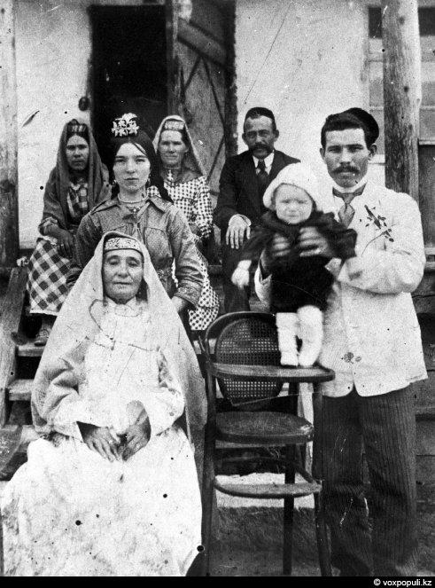 Как выглядели наши предки 100 лет назад