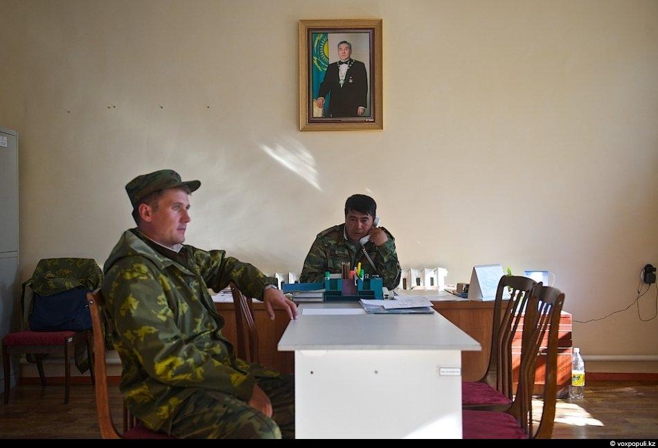 Два лучших друга майора из комендатуры «Акчука», общий стаж службы на государственной границе 16 лет....