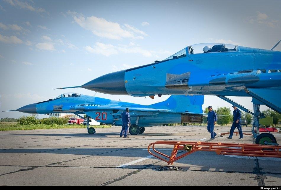 Военные самолеты страны: фото №0043
