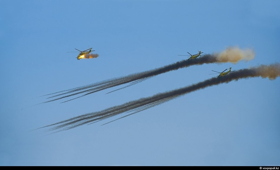 """В общей сложности существуют 22 модификации """"Ми-24"""". Вертолет стоит на вооружении 35-ти стран. Что любопытно,..."""