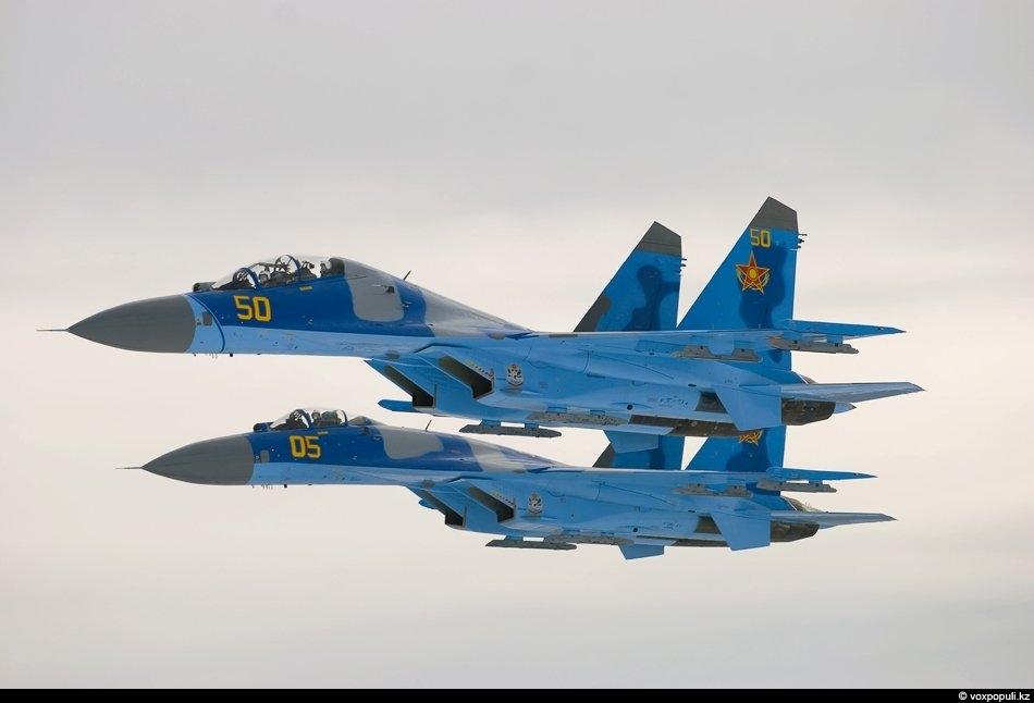 Тележурналист Григорий Беденко последние несколько лет часто бывает на военных аэродромах Казахстана. Все это время...