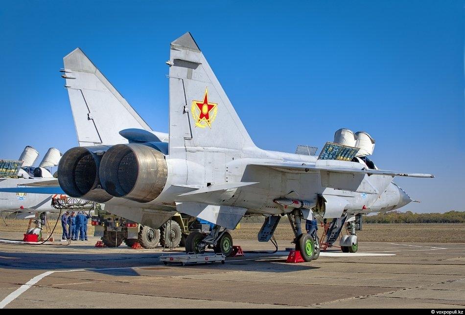 Военные самолеты страны: фото №0026