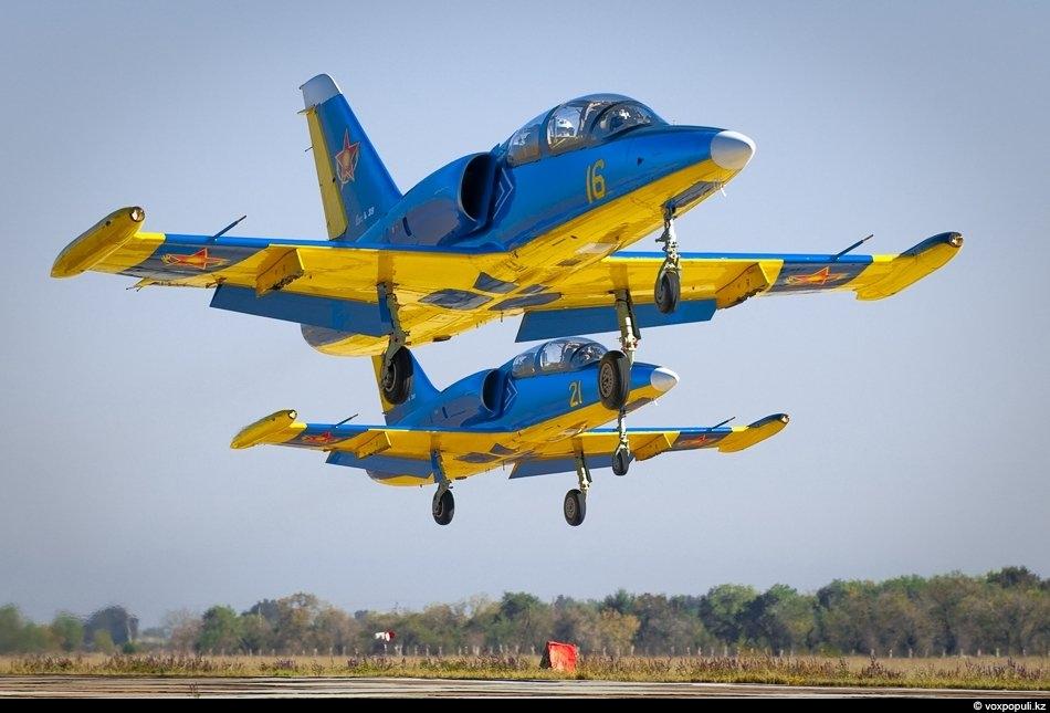 Военные самолеты страны