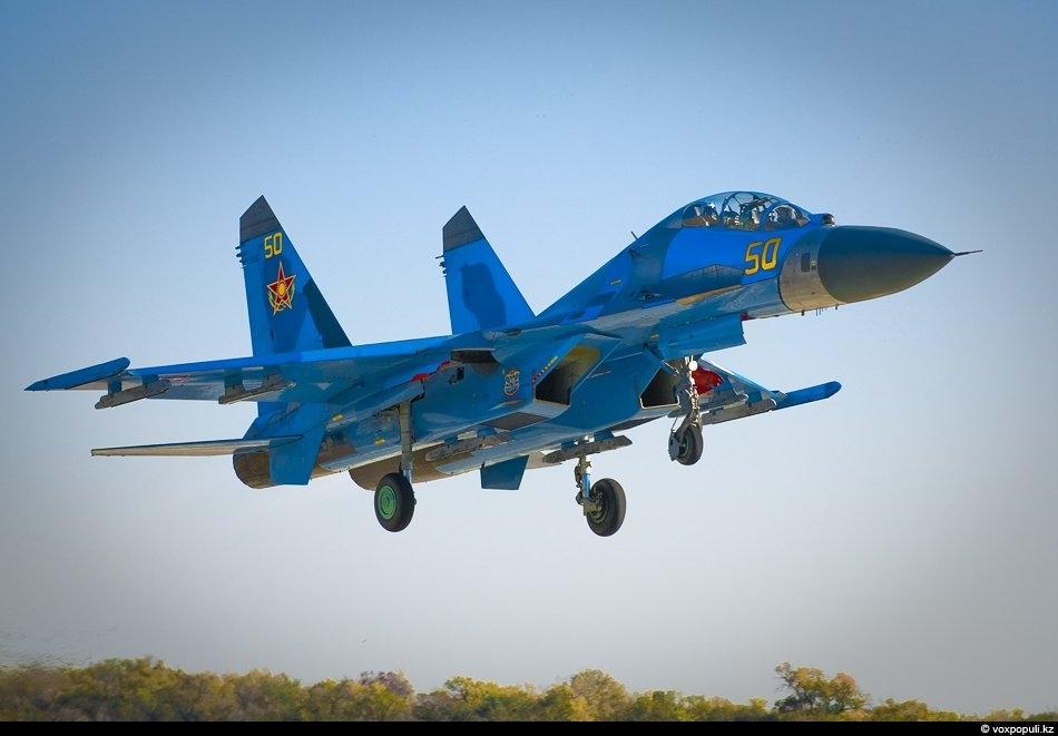 Взлет Су-27 УБМ 2