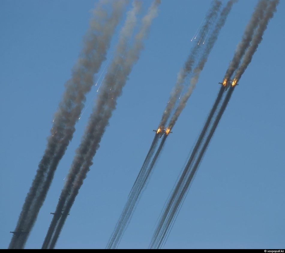 Так выглядит с земли атака наземных целей звеном штурмовиков Су-25