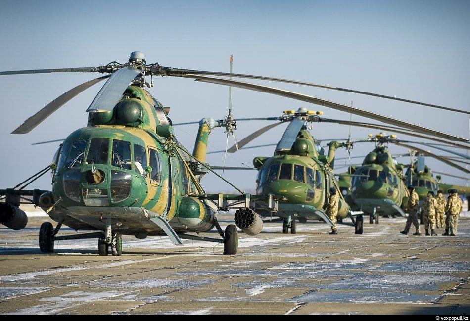 При навеске на них вооружения, транспортные Ми-8 МТВ и Ми-171 становятся не менее грозными, чем...