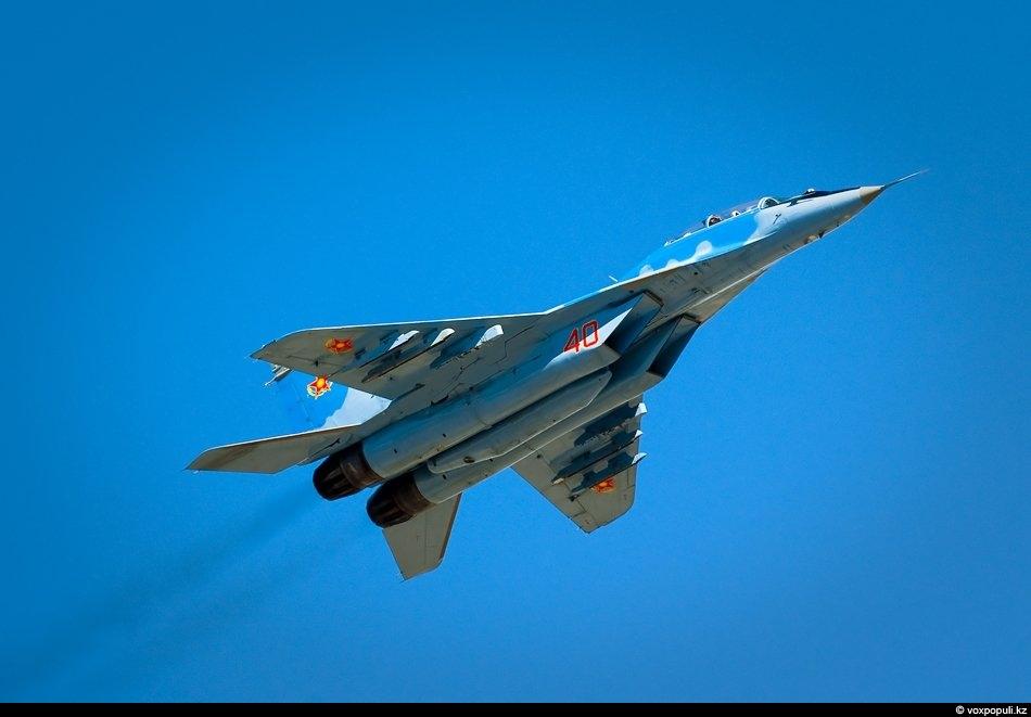 Двухместный многоцелевой истребитель МиГ-29 УБ. Основное боевое средство ВВС Казахстана