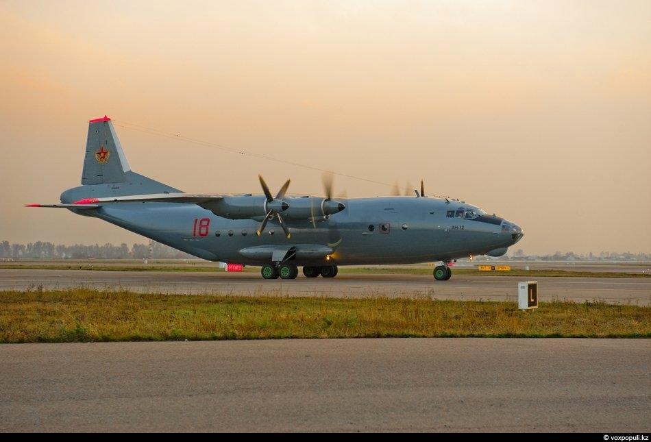 Ан-12 БП. У же в начале следующего года парк военно-транспортной авиации СВО пополнится двумя турбовинтовыми...